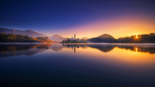 bled_in_the_morning_by_roblfc1892-dbyohrg.jpg